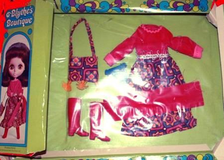 zazie_blytheopedia_blythe_kenner_outfit_priceless_parfait
