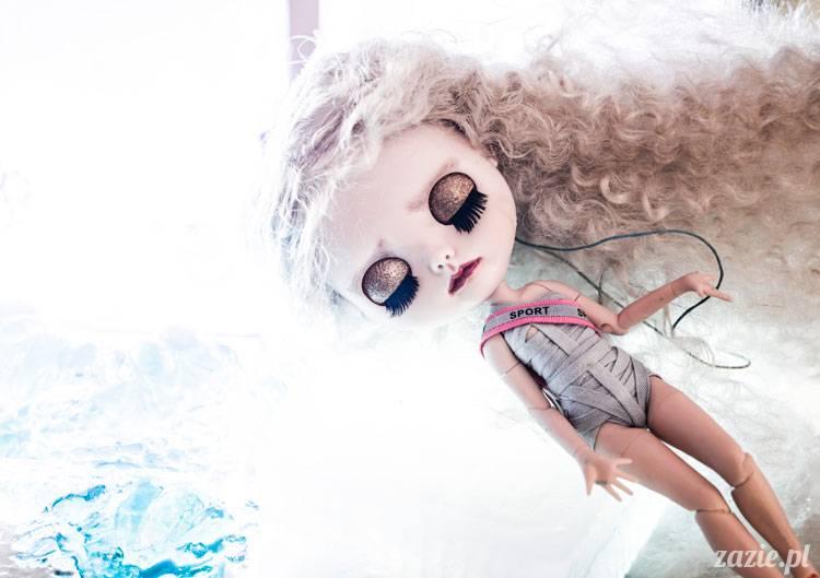Pieśń Lodu i Ognia – czyli:  zimowo-lalkowa sesja zdjęciowa w Posłańcu Uczuć