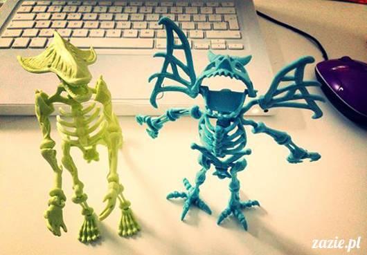 kosmici, golemy, zombiaki i ich rosnące mózgi – czyli: potwory i spółka