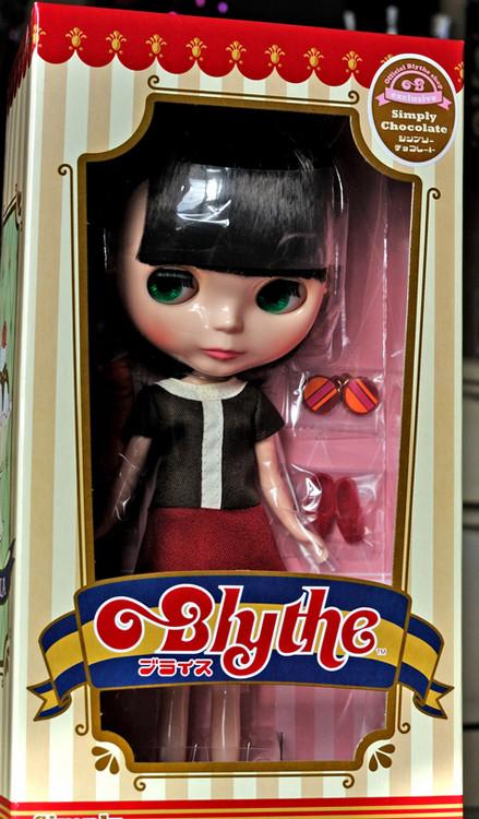 blythe_simply_chocolate_in_box