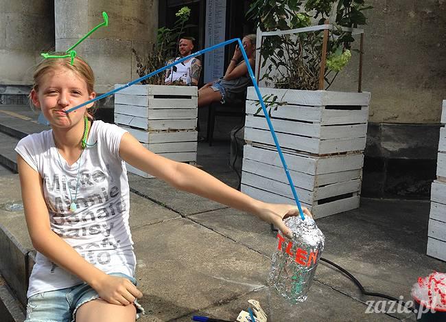 ostatnie wakacyjne warsztaty recyklingowe dla dzieci