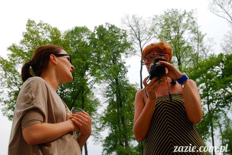 Wakacje Zazie i Syd z mopsami Kumokiem i Miszurem 2012 w Pałacu Wiechlice