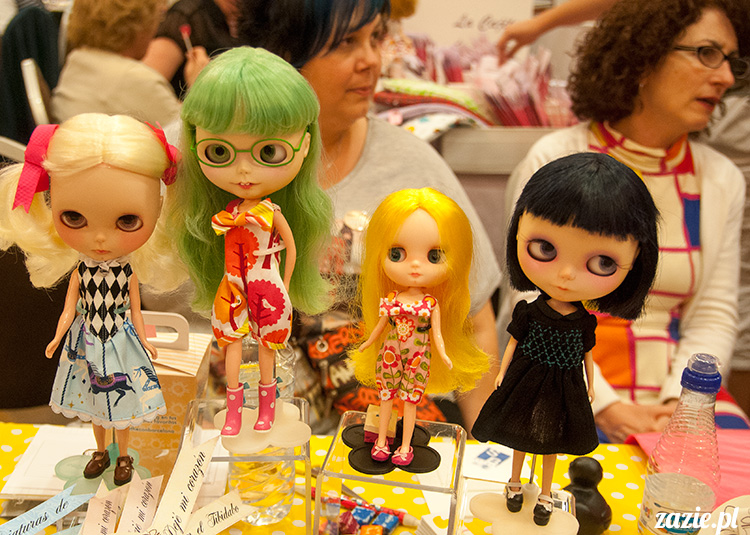 BlytheCon Barcelona april 2013, international Blythe doll convent, custom reroot ooak Blythe Takara Hasbro, sewing dress clothes for Blythe doll, BlytheCon in Spain Barcelona photo by Zazie Oh!Zazie