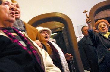19.01.2005 GDANSK PROCES DOROTY NIEZNALSKIEJ FOT. RAFAL MALKO / AGENCJA GAZETA