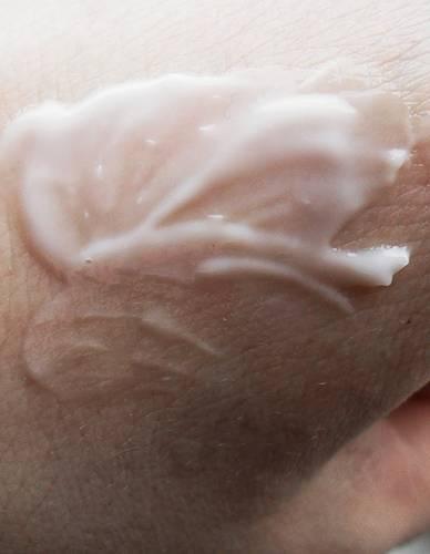 blog kosmetyczny, recenzje i testy kosmetyków, opinie o kosmetykach, leczenie trądziku, cera tłusta, cera problematyczna z niedoskonałościami, La Roche Posay, Effaclar H, kojący krem nawilżający