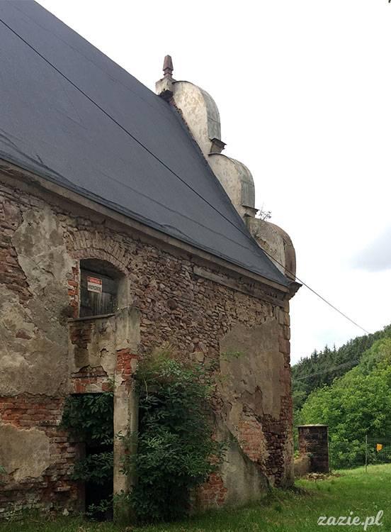 Ścinawka Górna, Dwór Sarny w Ścinawce Górnej